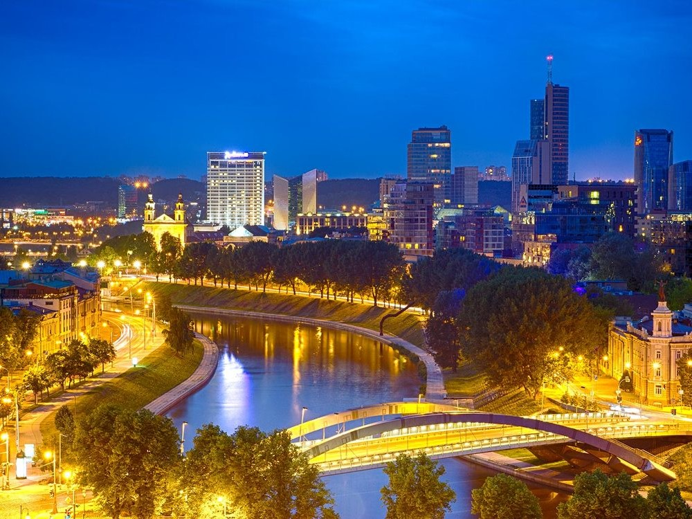 MULTI-DAY / BALTIC / VILNIUS AND RIGA CITY BREAK