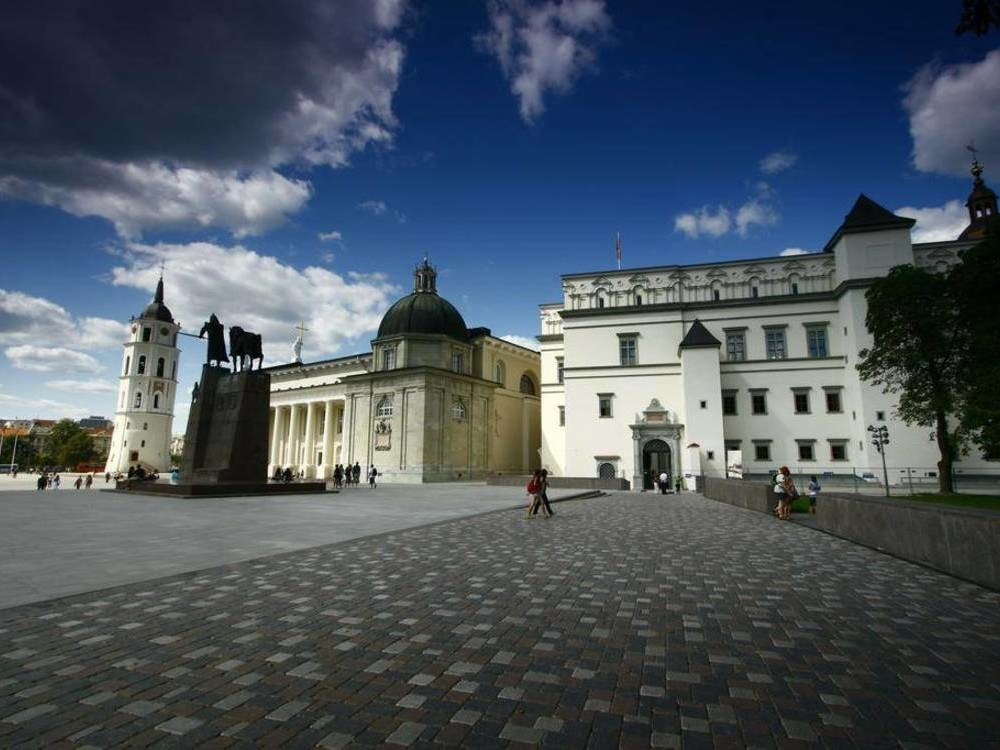 MULTI-DAY / LITUANIA / WEEK-END TURISTICO A VILNIUS