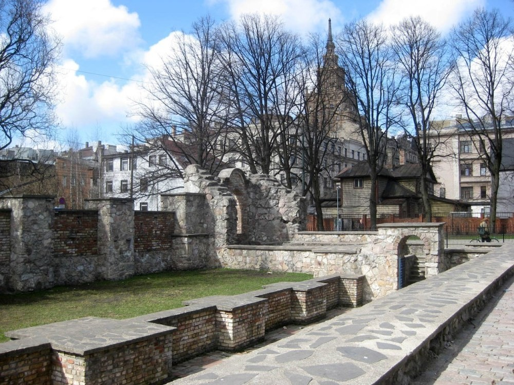 ONE DAY TOUR / LATVIA /JEWISH HISTORY IN RIGA