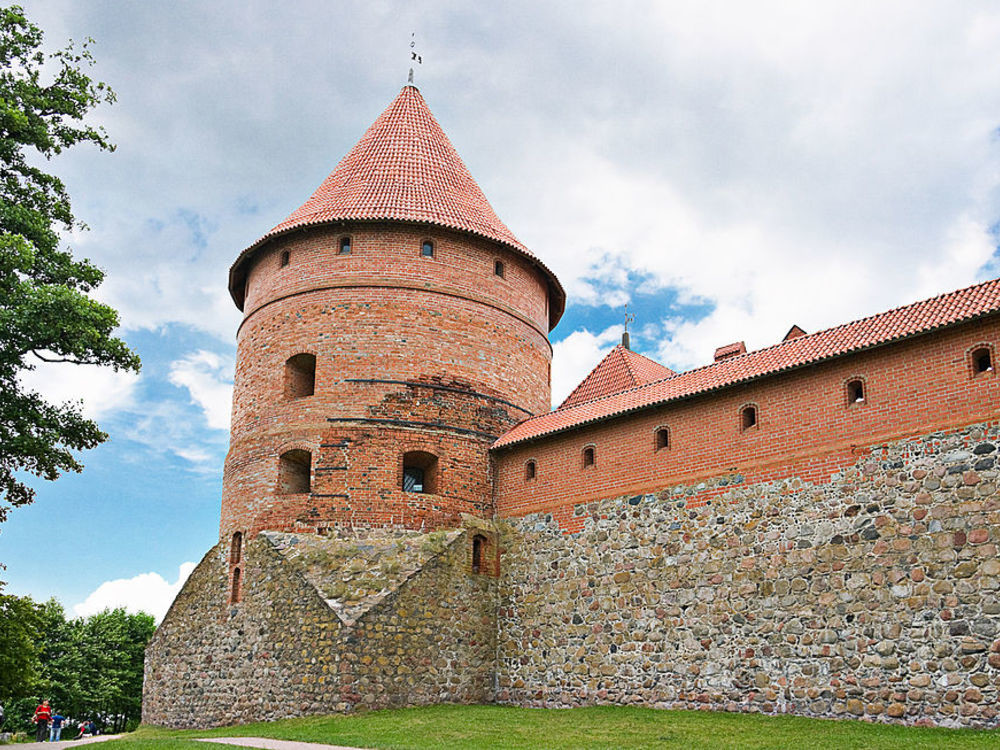 ONE DAY TOUR / LITHUANIA / VILNIUS & TRAKAI FROM RIGA