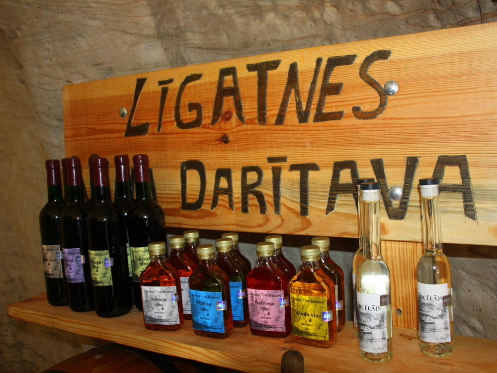 TASTE TOURS / LATVIA / TASTE OF VIDZEME WINES