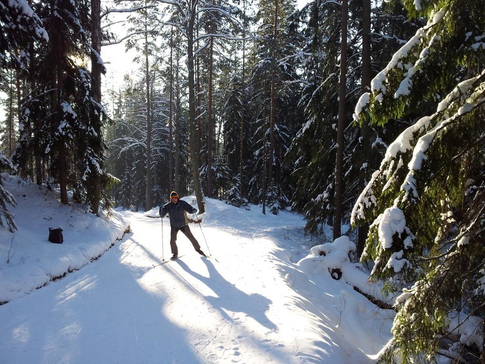 ACTIVE / LATVIA / CROSS COUNTRY SKIING BALTIC SEA