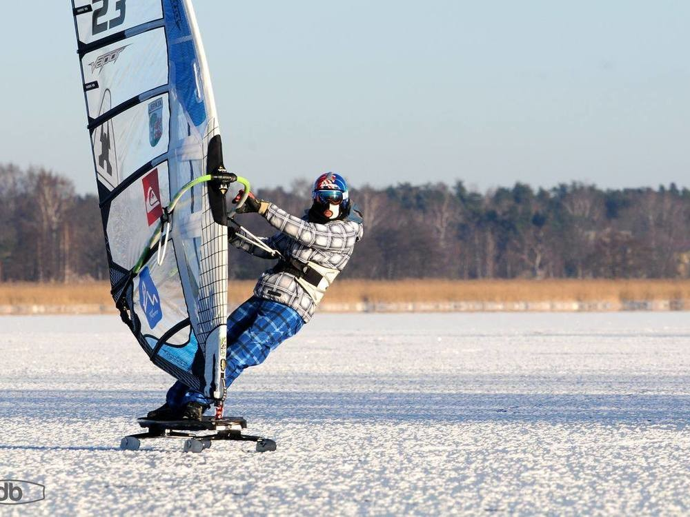 ACTIVE / LATVIA / ICE SAILING