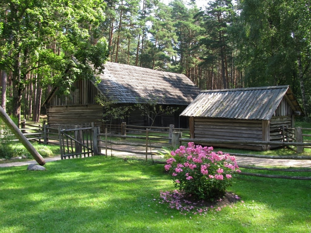 ONE DAY TOURS / LATVIA / OLD RIGA and OPEN AIR MUSEUM