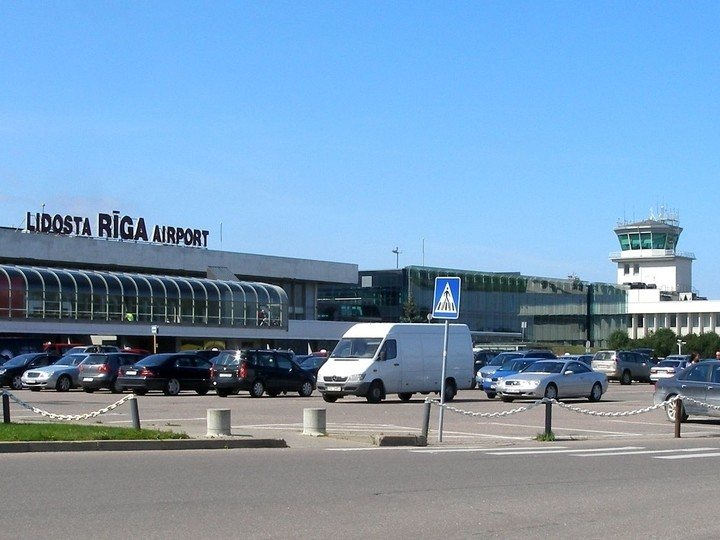 TRANSFER / LATVIA / AIRPORT RIGA- RIGA