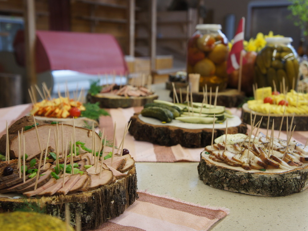 TASTE TOUR / LATVIA / LATVIAN FOOD TASTING